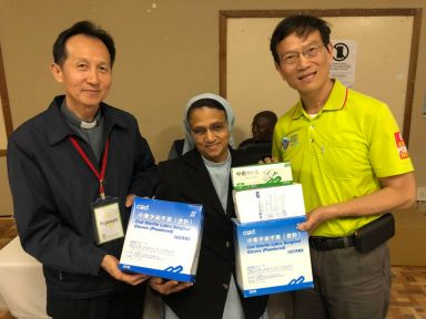 CSD donated medical supplies to Africa from Taiwan medical team.